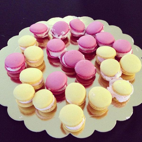 caperucita cupcakes macaroons