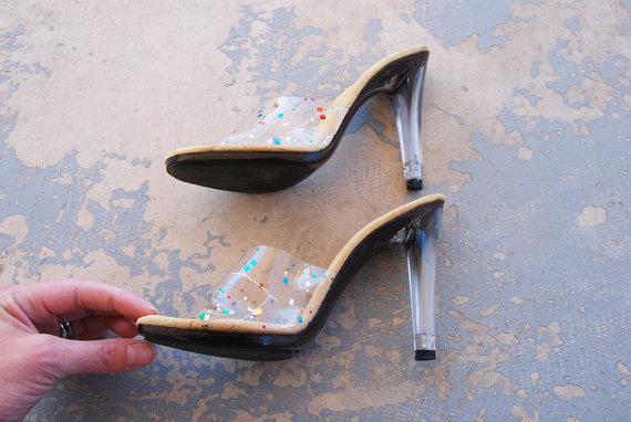zapatos vintage tranparentes