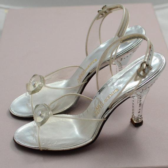 zapatos transparentes vintage