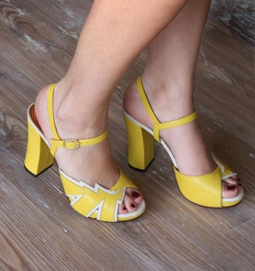 chie mihara sandalias