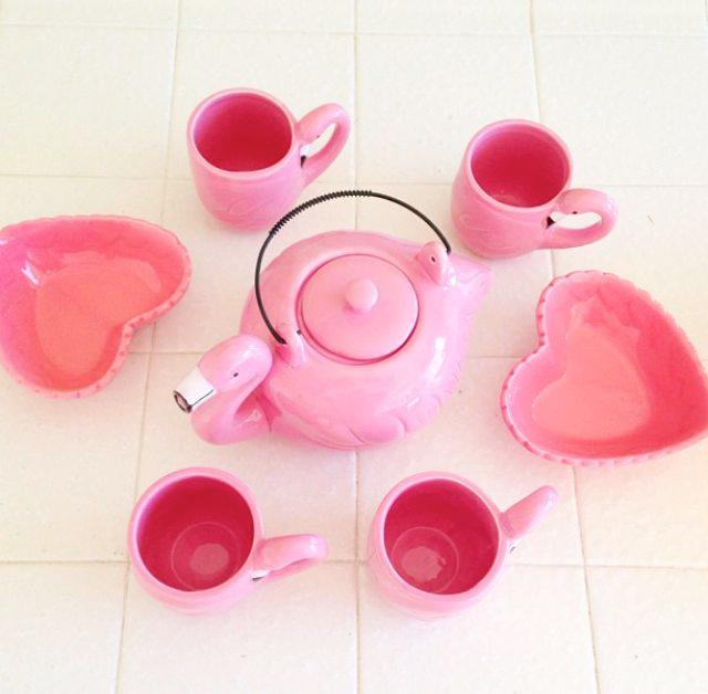 juego de te flamencos rosas
