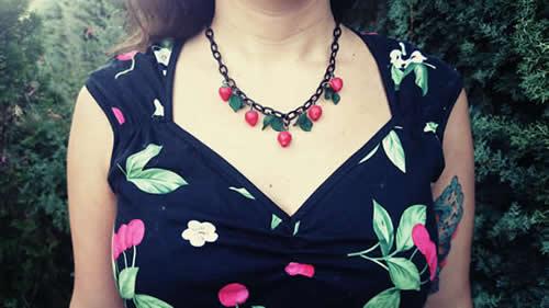 pinup-collar-lady-e