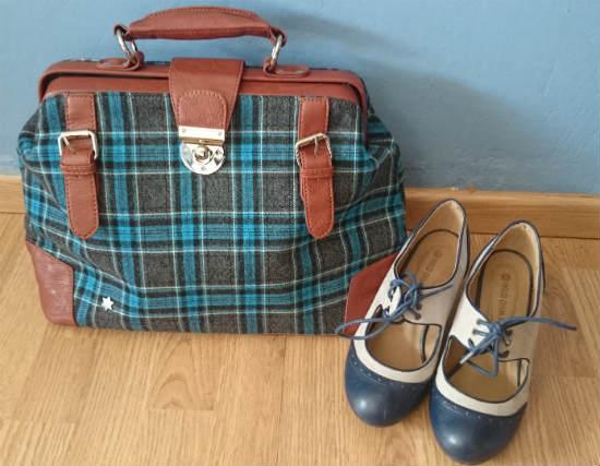 kling-bag-modcloth-shoes