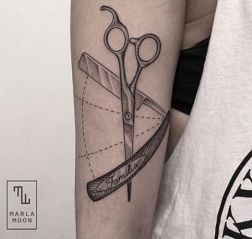tatuaje-linea-marla-moon
