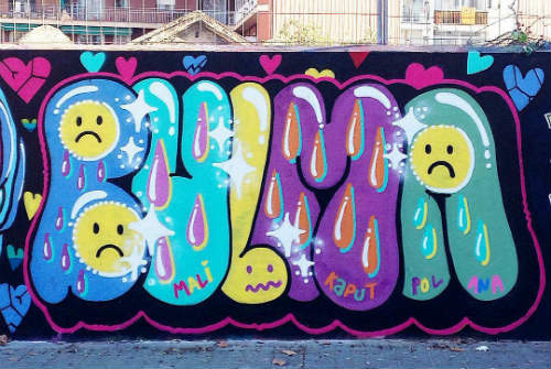 graffiti-barcelona-chicas-bulma
